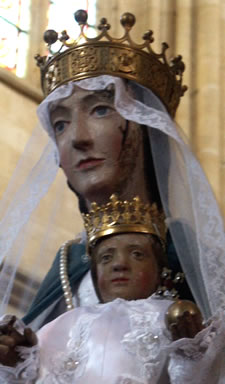 Our Lady of Avioth - photo: Geraldine Charles, 2005