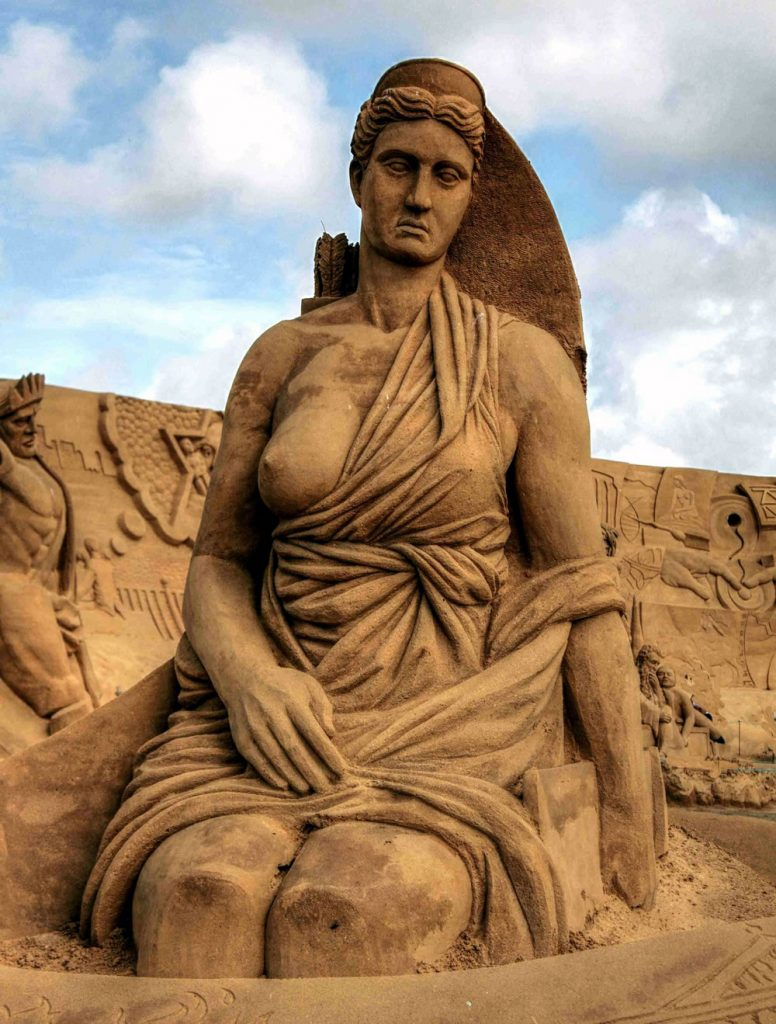 artemis-sand-sculpture
